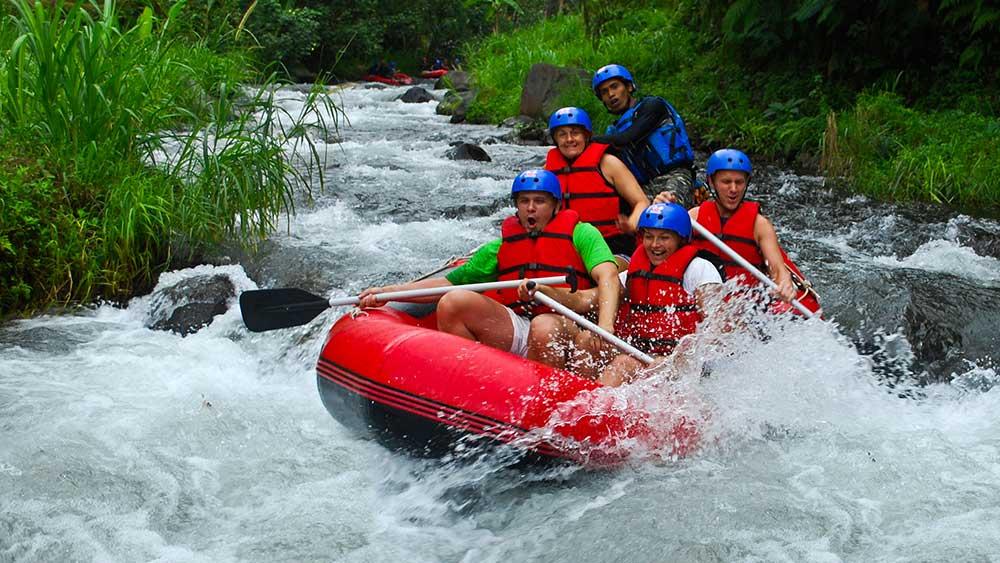 telaga-waja rafting